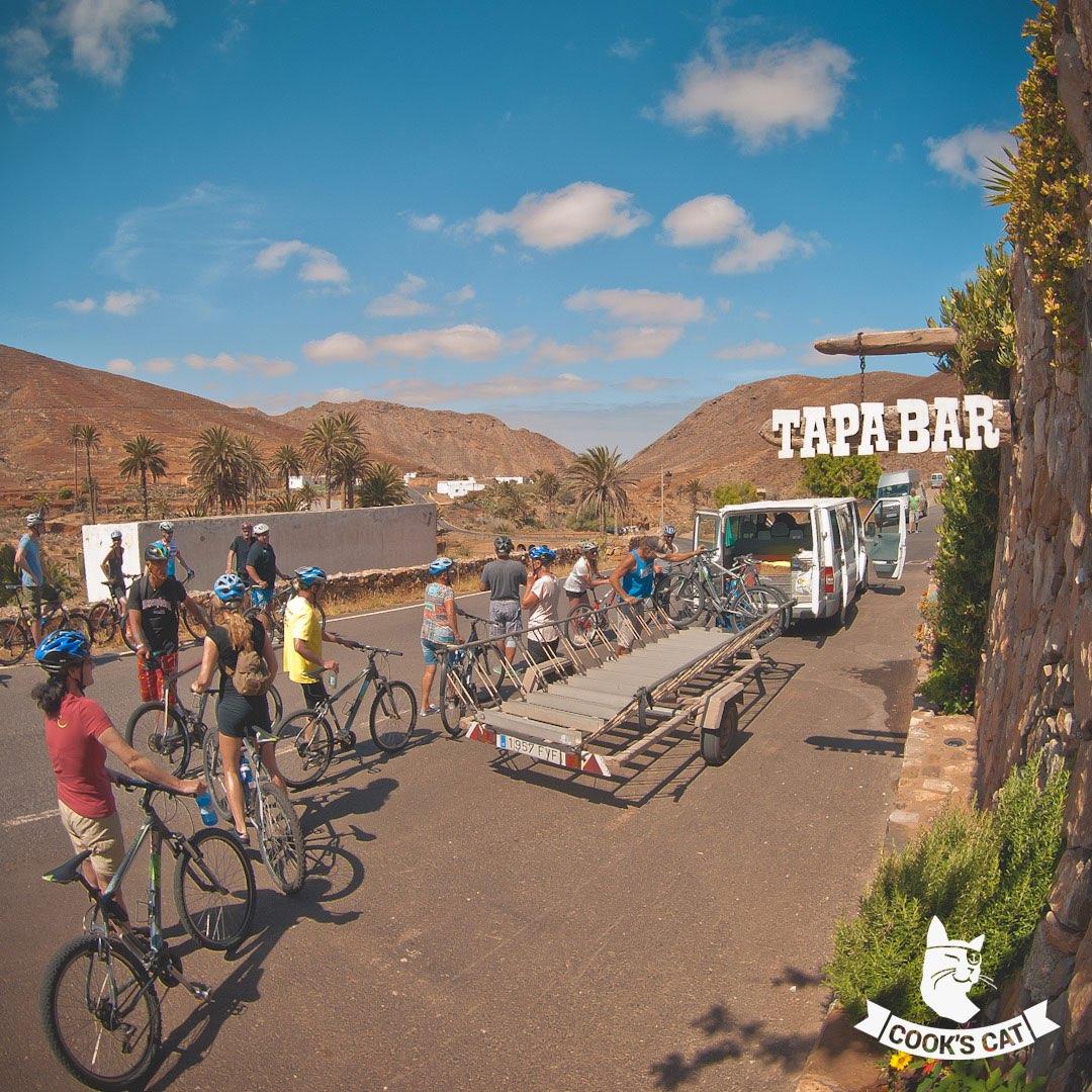 Fuerteventura bietet Urlaubern viele Aktivitäten. Lernen Sie in unseren Reisetipps für Fuerteventura Urlauber die beliebtesten Aktivitäten auf Fuerteventura kennen..
