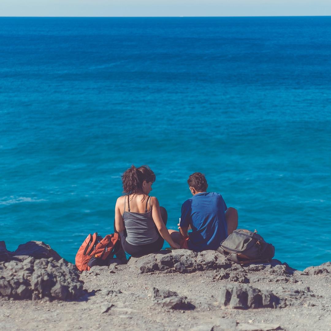 Die Temperaturen im Dezember sind auf Fuerteventura frühlingshaft bis sommerlich warm. Das hat sich allerdings rumgesprochen.