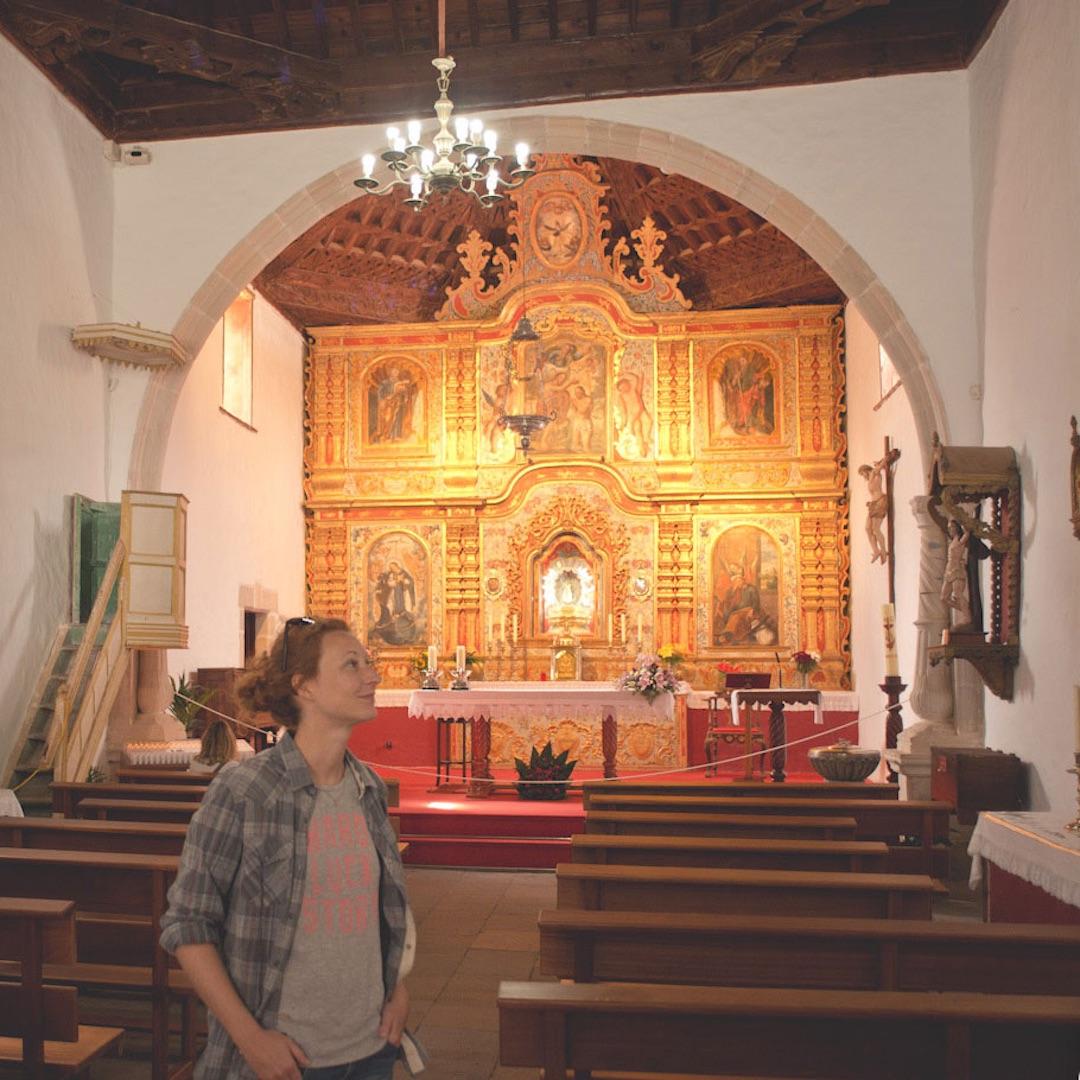 Der kleine Ort im Landesinneren ist vor allem für die Iglesia Nuestra Senora de la Pena bekannt und birgt ein Stück Fuerteventurainische Geschichte.