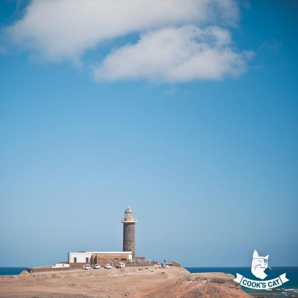 09-Leuchtturm-am-suedwestlichsten-Ende-Fuerteventuras-02975b4849bdea411
